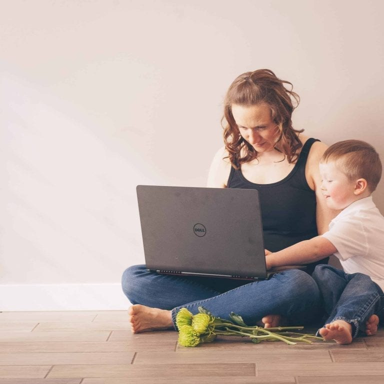 How to keep your kids busy so you can answer emails